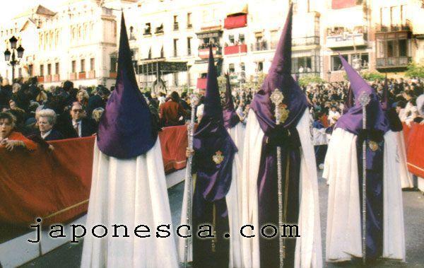Fotos Japonesca de la Semana Santa en Sevilla