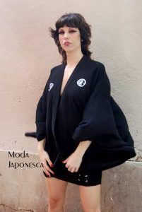 Chauqeta de kimono con kamon japonés