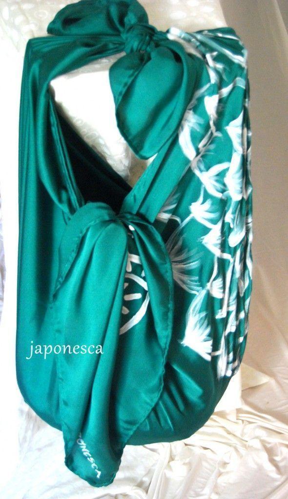 Así queda un pañuelo japonés furoshiki anudado como bolso.